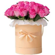 25 pink roses in a box - flowers and bouquets on flora.lg.ua
