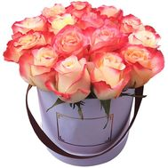 Box of 15 imported roses - flowers and bouquets on flora.lg.ua