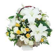Flower basket - Barbara - flowers and bouquets on flora.lg.ua